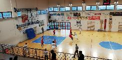 https://www.basketmarche.it/immagini_articoli/26-03-2019/brutto-passo-falso-vigor-matelica-campo-falconara-basket-120.jpg