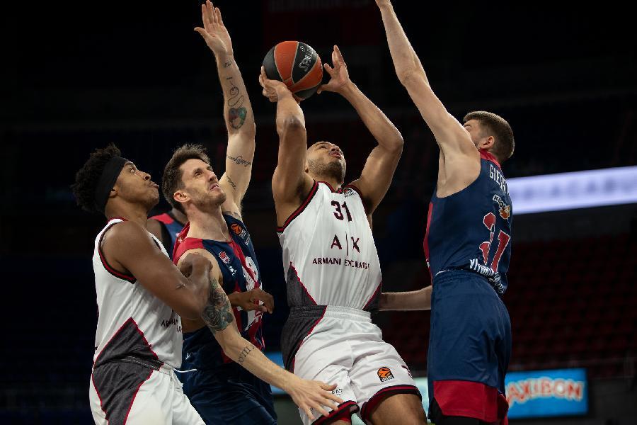 https://www.basketmarche.it/immagini_articoli/26-03-2021/euroleague-olimpia-milano-sconfitta-campo-baskonia-super-polonara-600.jpg