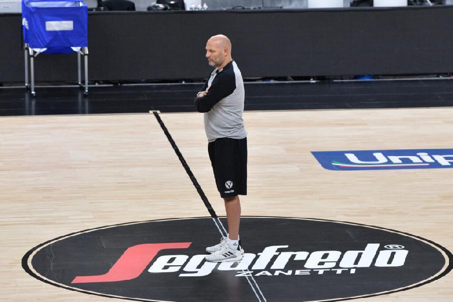 https://www.basketmarche.it/immagini_articoli/26-03-2021/gara-campo-joventut-badalona-virtus-bologna-coach-djordjevic-dobbiamo-mostrare-faccia-migliore-600.jpg