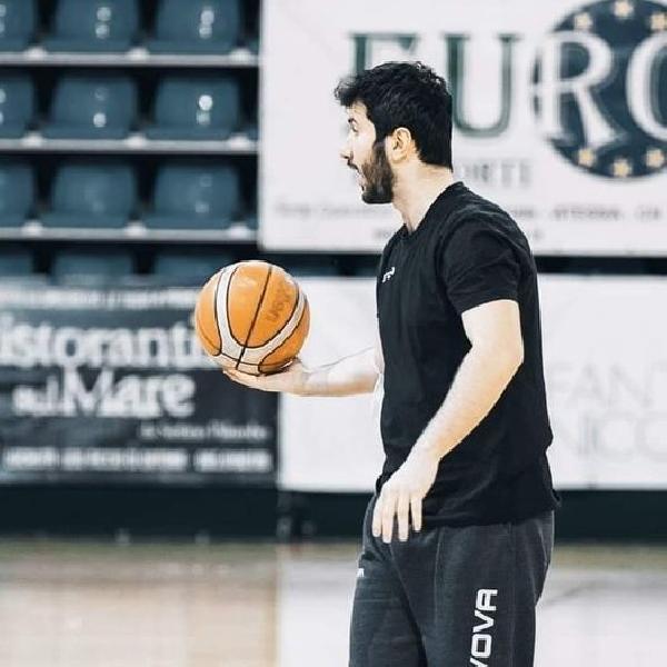 https://www.basketmarche.it/immagini_articoli/26-03-2021/unibasket-lanciano-attesa-trasferta-campobasso-carica-coach-florio-600.jpg