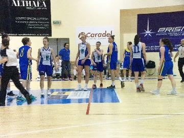 https://www.basketmarche.it/immagini_articoli/26-04-2017/serie-a2-femminile-playoff-gara-2-la-feba-civitanova-cerca-il-riscatto-contro-marghera-270.jpg
