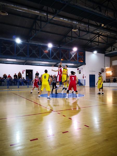https://www.basketmarche.it/immagini_articoli/26-04-2019/regionale-playoff-gioca-gara-programma-completo-tabellone-aggiornato-600.jpg