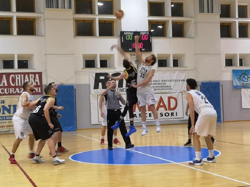 https://www.basketmarche.it/immagini_articoli/26-04-2019/regionale-playoff-live-gara-risultati-venerd-sera-tempo-reale-600.jpg
