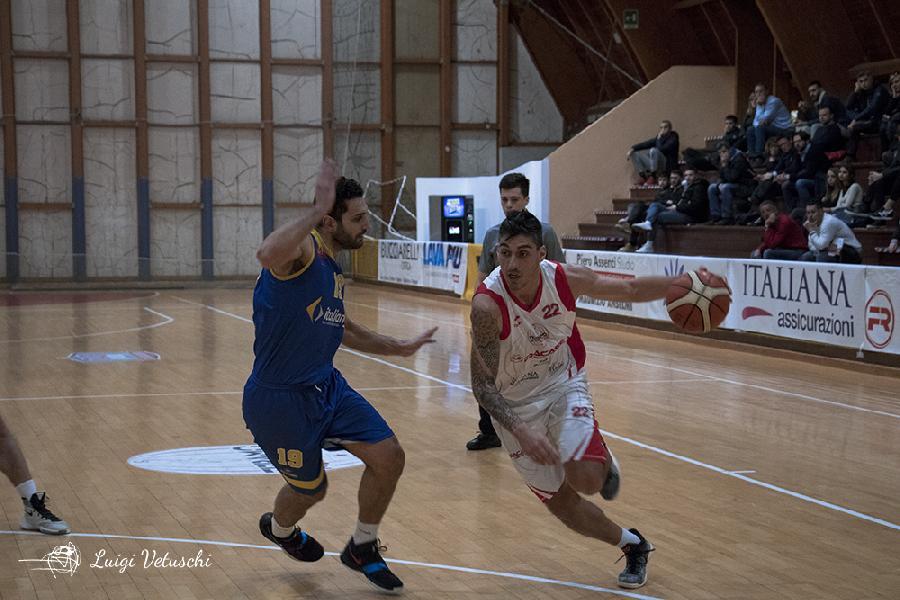 https://www.basketmarche.it/immagini_articoli/26-04-2019/silver-playoff-tasp-teramo-cerca-pass-semifinali-orvieto-carica-coach-stirpe-600.jpg