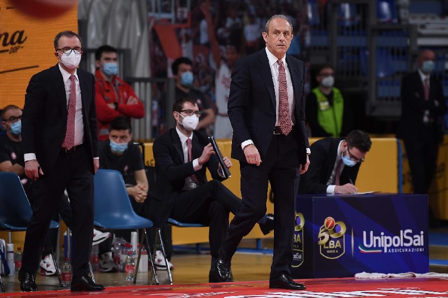 https://www.basketmarche.it/immagini_articoli/26-04-2021/milano-coach-messina-abbiamo-avuto-inizio-pessimo-brava-squadra-accettare-sconfitta-600.jpg