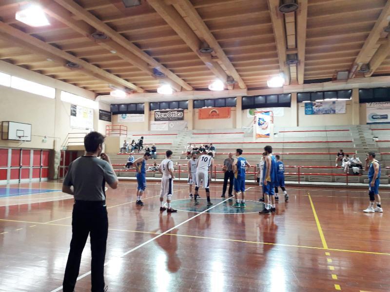 https://www.basketmarche.it/immagini_articoli/26-05-2019/prima-divisione-finals-marotta-basket-aggiudica-primo-round-polverigi-600.jpg