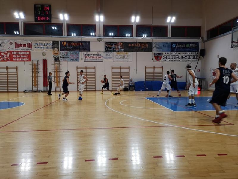 https://www.basketmarche.it/immagini_articoli/26-05-2019/regionale-finals-montemarciano-conquista-rimonta-basket-giovane-pesaro-600.jpg
