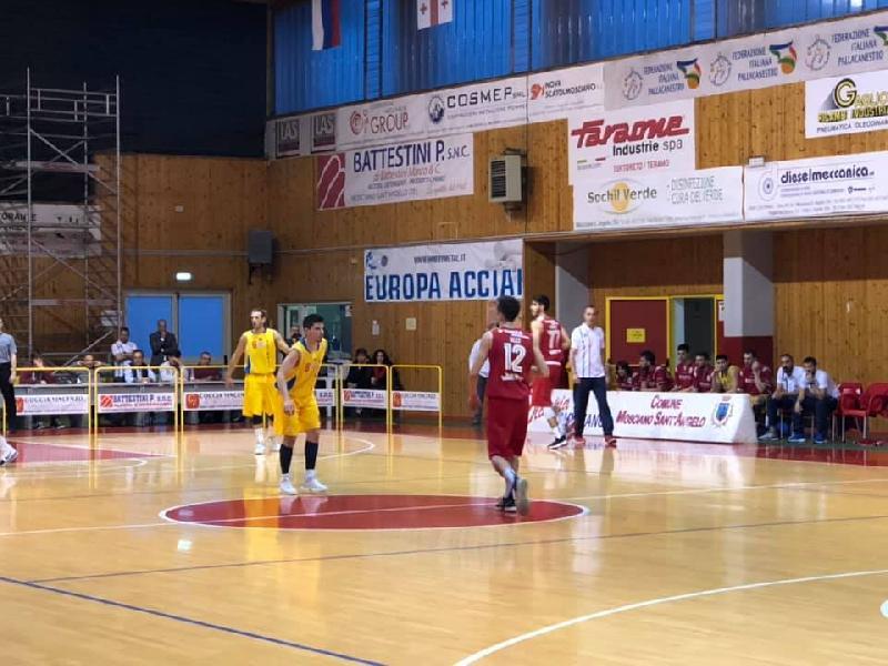 https://www.basketmarche.it/immagini_articoli/26-05-2019/serie-silver-finals-olimpia-mosciano-vince-convince-vasto-600.jpg