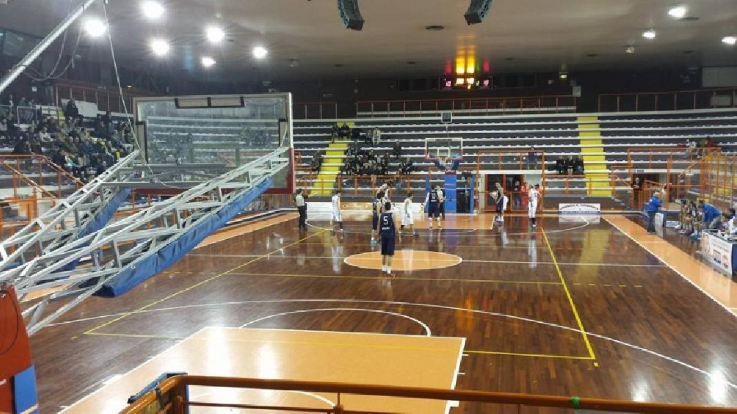 https://www.basketmarche.it/immagini_articoli/26-05-2020/entra-vivo-mercato-titoli-sportivi-pescara-basket-pronto-tornare-serie-600.jpg