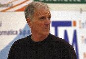 https://www.basketmarche.it/immagini_articoli/26-05-2020/unibasket-lanciano-coach-lanciano-lascio-gran-pezzo-cuore-120.jpg