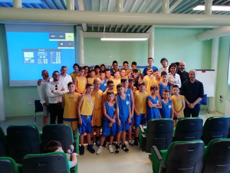 https://www.basketmarche.it/immagini_articoli/26-06-2019/presentata-edizione-torneo-internazionale-minibasket-citt-fermo-600.jpg
