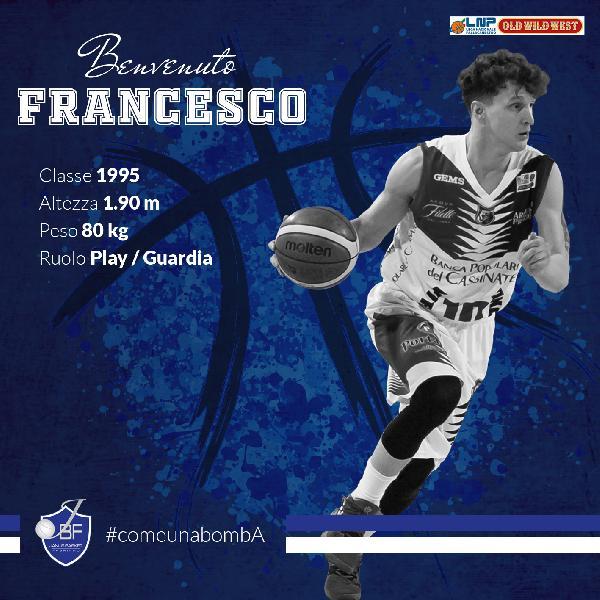 https://www.basketmarche.it/immagini_articoli/26-06-2019/ufficiale-lesterno-francesco-paolin-giocatore-janus-fabriano-600.jpg
