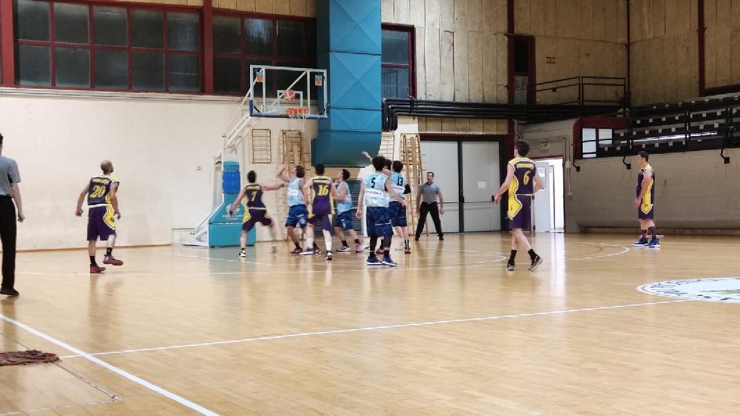 https://www.basketmarche.it/immagini_articoli/26-06-2021/grottammare-basketball-spunta-volata-storm-ubique-ascoli-super-cataldi-600.jpg