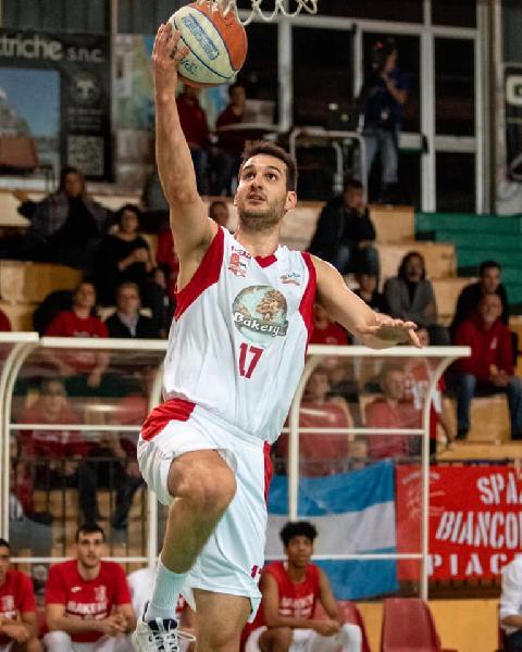 https://www.basketmarche.it/immagini_articoli/26-07-2020/real-sebastiani-rieti-nomi-completare-roster-ambizioso-600.jpg