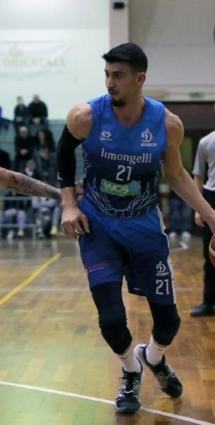 https://www.basketmarche.it/immagini_articoli/26-07-2021/colpaccio-olimpia-mosciano-ufficiale-arrivo-bulgara-erik-dimitrov-600.jpg