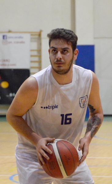 https://www.basketmarche.it/immagini_articoli/26-07-2021/ufficiale-senigallia-basket-2020-annuncia-conferma-lungo-samuele-blasi-600.jpg