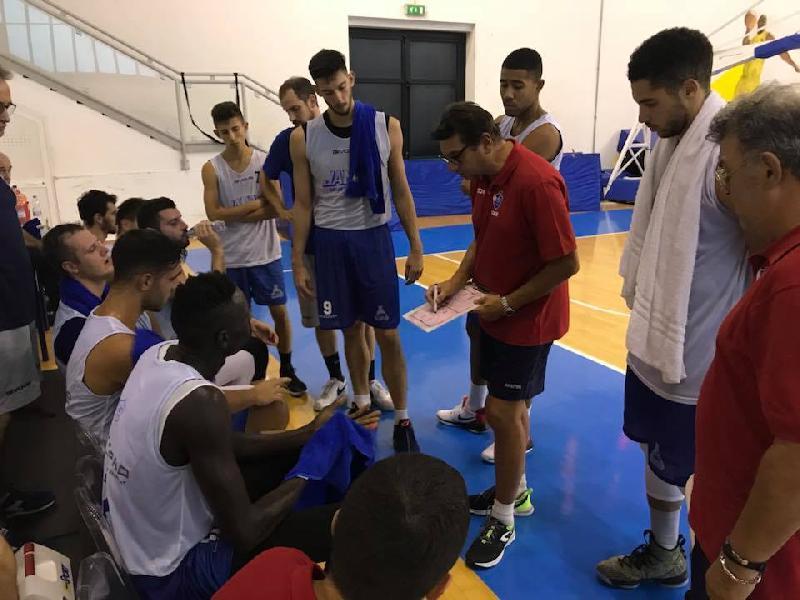 https://www.basketmarche.it/immagini_articoli/26-09-2018/porto-sant-elpidio-basket-supera-volata-janus-fabriano-amichevole-600.jpg