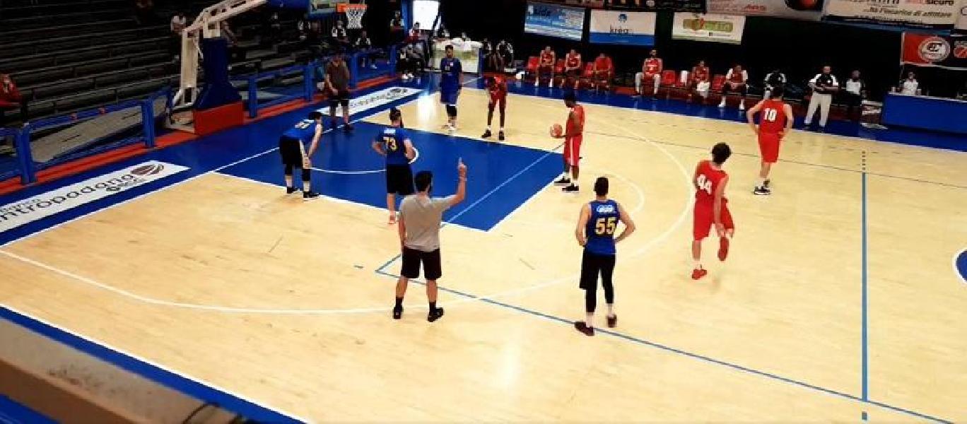 https://www.basketmarche.it/immagini_articoli/26-09-2020/assigeco-piacenza-impone-pallacanestro-fiorenzuola-600.jpg