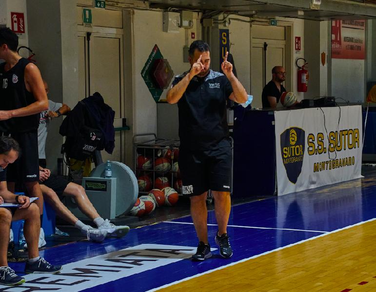 https://www.basketmarche.it/immagini_articoli/26-09-2020/virtus-civitanova-coach-mazzalupi-prestazione-montegranaro-stata-molto-positiva-600.png