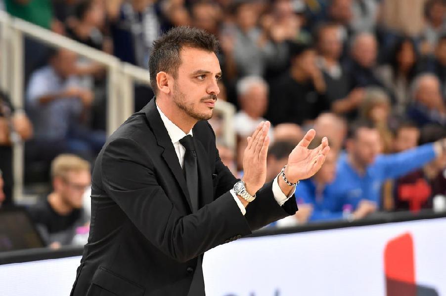 https://www.basketmarche.it/immagini_articoli/26-10-2019/aquila-basket-trento-coach-brienza-treviso-squadra-tosta-solida-dobbiamo-limitare-passaggi-vuoto-600.jpg