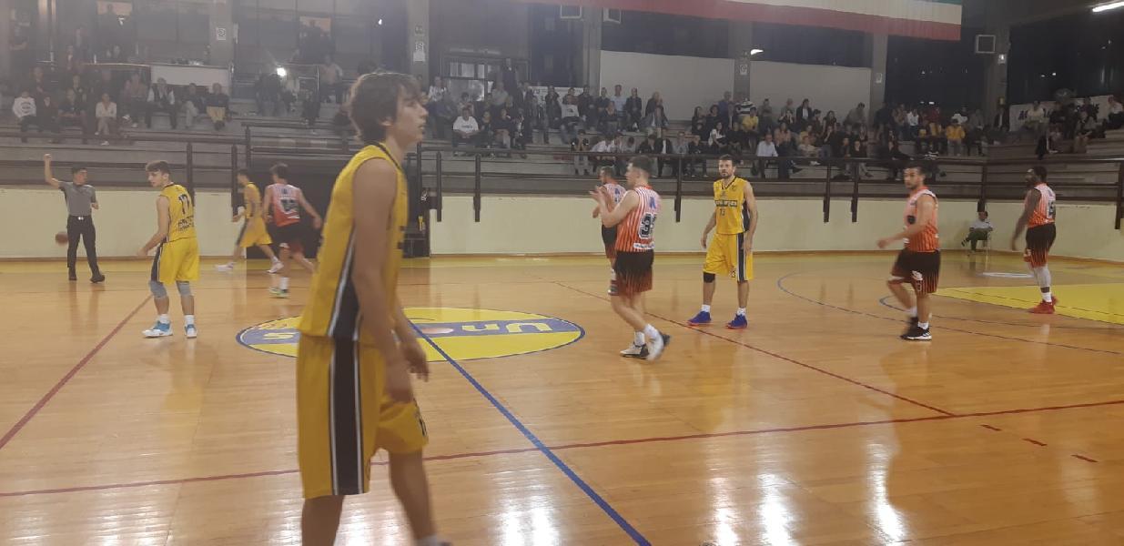 https://www.basketmarche.it/immagini_articoli/26-10-2019/basket-club-fratta-umbertide-vince-derby-basket-gualdo-600.jpg