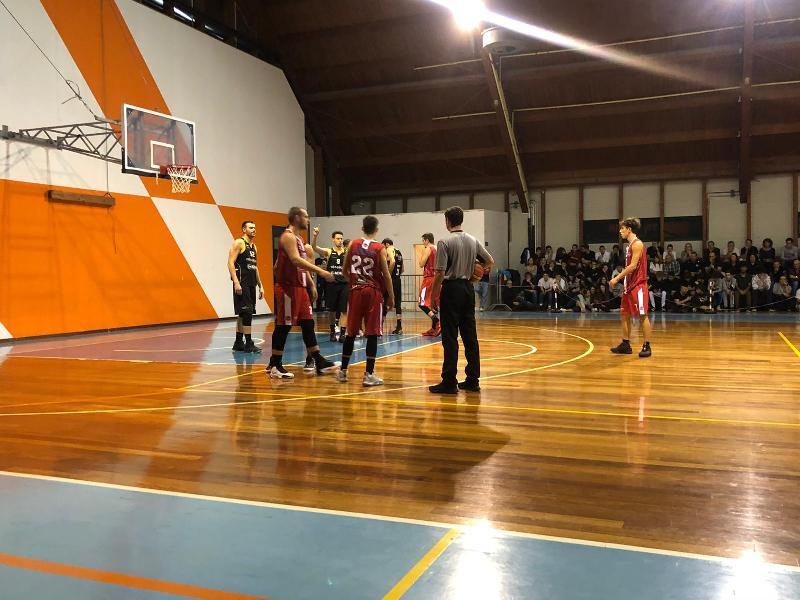 https://www.basketmarche.it/immagini_articoli/26-10-2019/brown-sugar-fabriano-vincono-convincono-derby-boys-fabriano-600.jpg