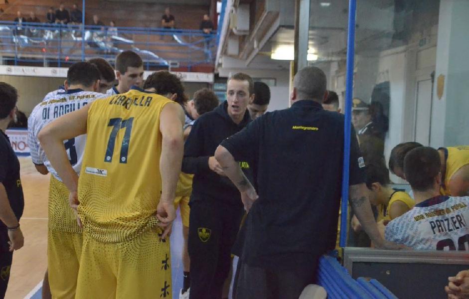 https://www.basketmarche.it/immagini_articoli/26-10-2019/sutor-montegranaro-coach-ciarpella-derby-sentito-fare-male-soprattutto-casa-600.jpg