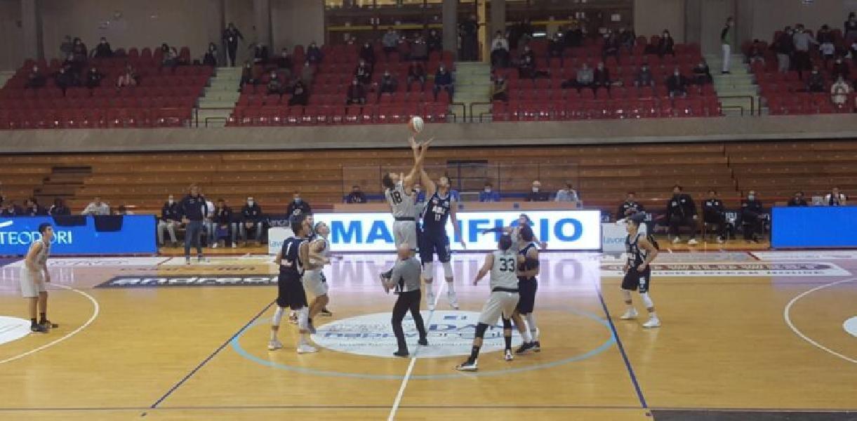 https://www.basketmarche.it/immagini_articoli/26-10-2020/supercoppa-campetto-ancona-sbanca-jesi-passa-turno-trova-andrea-costa-imola-600.jpg