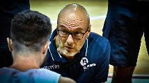 https://www.basketmarche.it/immagini_articoli/26-10-2021/bramante-coach-nicolini-contenti-aver-vinto-derby-pisaurum-vale-alta-classifica-120.jpg