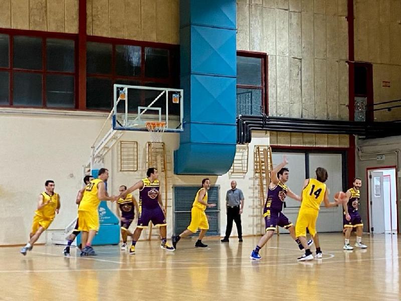 https://www.basketmarche.it/immagini_articoli/26-10-2021/storm-ubique-ascoli-allungano-finale-superano-pedaso-basket-600.jpg