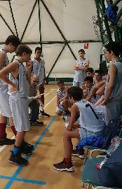 https://www.basketmarche.it/immagini_articoli/26-11-2017/under-14-regionale-la-pallacanestro-fermignano-espugna-in-volata-il-campo-dell-adriatico-orsal-ancona-270.jpg