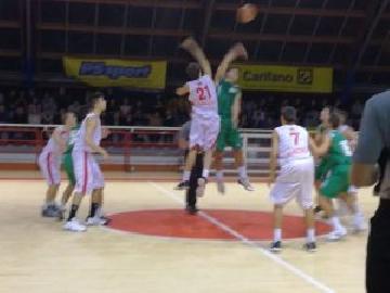https://www.basketmarche.it/immagini_articoli/26-11-2017/under-16-eccellenza-prima-sconfitta-stagionale-per-il-cab-stamura-ancona-a-pesaro-270.jpg