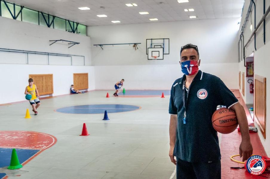https://www.basketmarche.it/immagini_articoli/26-11-2020/virtus-assisi-claudio-mattoli-voglia-tornare-giocare-tanta-torneremo-600.jpg