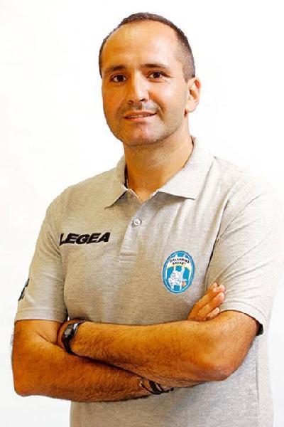 https://www.basketmarche.it/immagini_articoli/26-12-2019/poderosa-montegranaro-gennaro-carlo-panchina-gialloblu-600.jpg