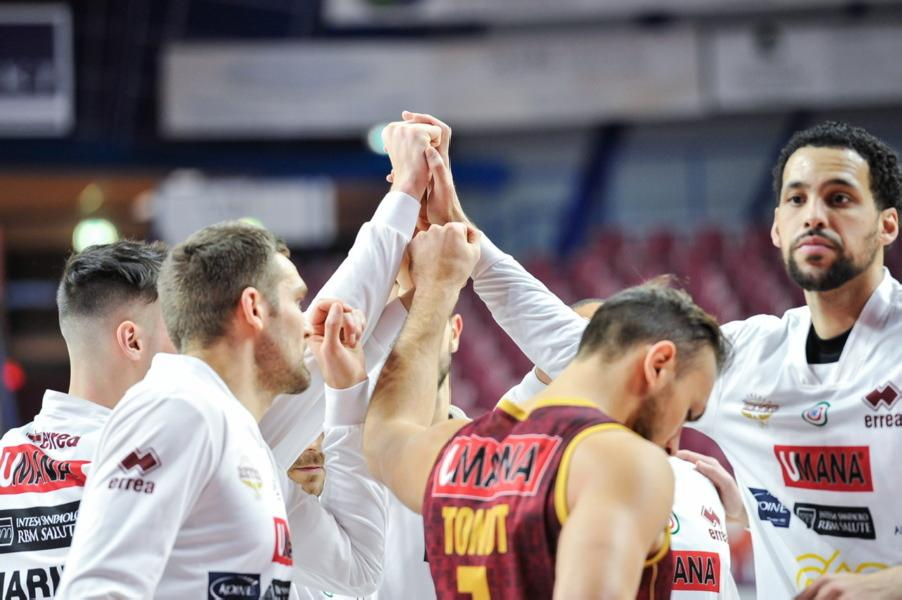 https://www.basketmarche.it/immagini_articoli/26-12-2020/reyer-coach-tucci-ogni-partita-piccola-finale-scontro-fortitudo-decisivo-classifica-600.jpg