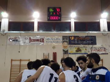 https://www.basketmarche.it/immagini_articoli/27-01-2018/d-regionale-angeli-è-subito-decisivo-ed-il-montemarciano-supera-l-ascoli-basket-270.jpg