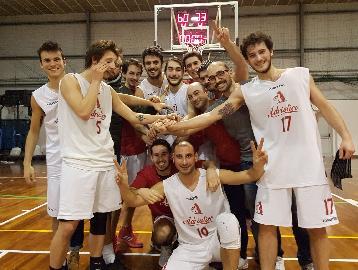 https://www.basketmarche.it/immagini_articoli/27-01-2018/promozione-c-netta-vittoria-per-l-adriatico-ancona-contro-il-pro-basketball-osimo-270.jpg