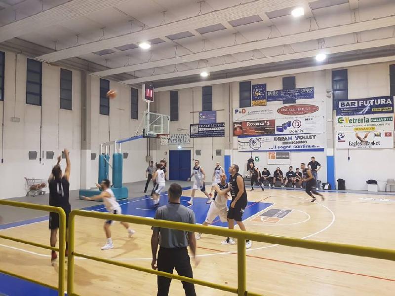 https://www.basketmarche.it/immagini_articoli/27-01-2019/basket-todi-conquista-fermignano-terza-vittoria-consecutiva-sale-terzo-posto-600.jpg