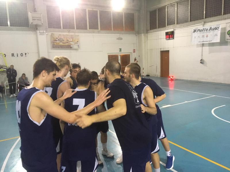 https://www.basketmarche.it/immagini_articoli/27-01-2019/pocius-budrys-show-basket-aquilano-passa-nettamente-campli-600.jpg