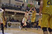 https://www.basketmarche.it/immagini_articoli/27-01-2020/sutor-montegranaro-capitan-angilla-riusciamo-tenere-intensit-minuti-dobbiamo-essere-cattivi-120.jpg