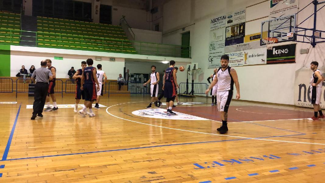 https://www.basketmarche.it/immagini_articoli/27-02-2019/regionale-filippo-sappa-comando-classifica-marcatori-seguono-diana-altieri-600.jpg