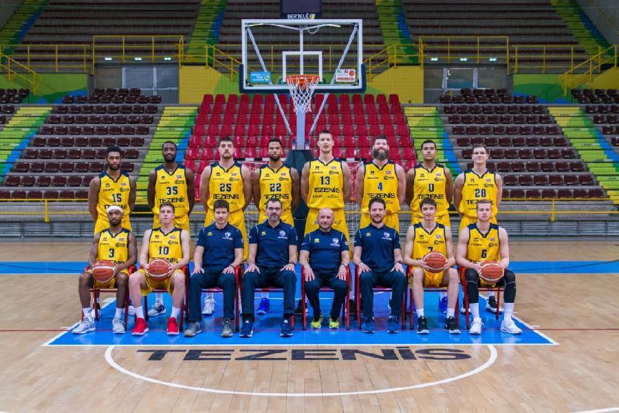 https://www.basketmarche.it/immagini_articoli/27-04-2019/scaligera-verona-pronta-esordio-casale-monferrato-parole-coach-dalmonte-candussi-600.jpg