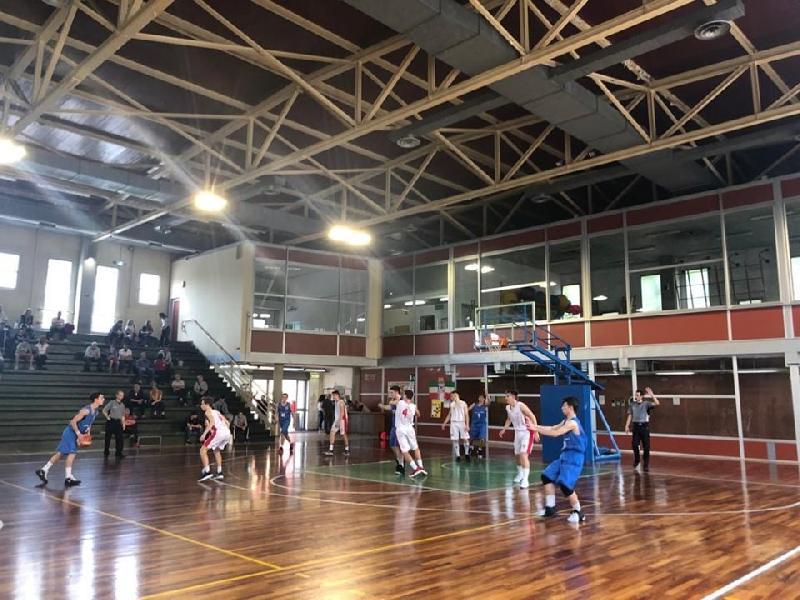 https://www.basketmarche.it/immagini_articoli/27-05-2019/interregionale-porto-sant-elpidio-basket-beffato-campo-laurenziana-firenze-600.jpg