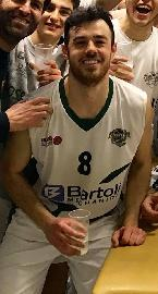https://www.basketmarche.it/immagini_articoli/27-06-2018/serie-c-gold-nuovo-basket-fossombrone-alberto-nobilini-sarà-ancora-il-capitano-270.jpg