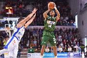 https://www.basketmarche.it/immagini_articoli/27-06-2019/mercato-dinamo-sassari-piace-esterno-americano-keifer-sykes-120.jpg