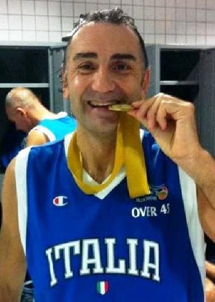 https://www.basketmarche.it/immagini_articoli/27-06-2020/ufficiale-claudio-capone-allenatore-magic-basket-chieti-600.jpg