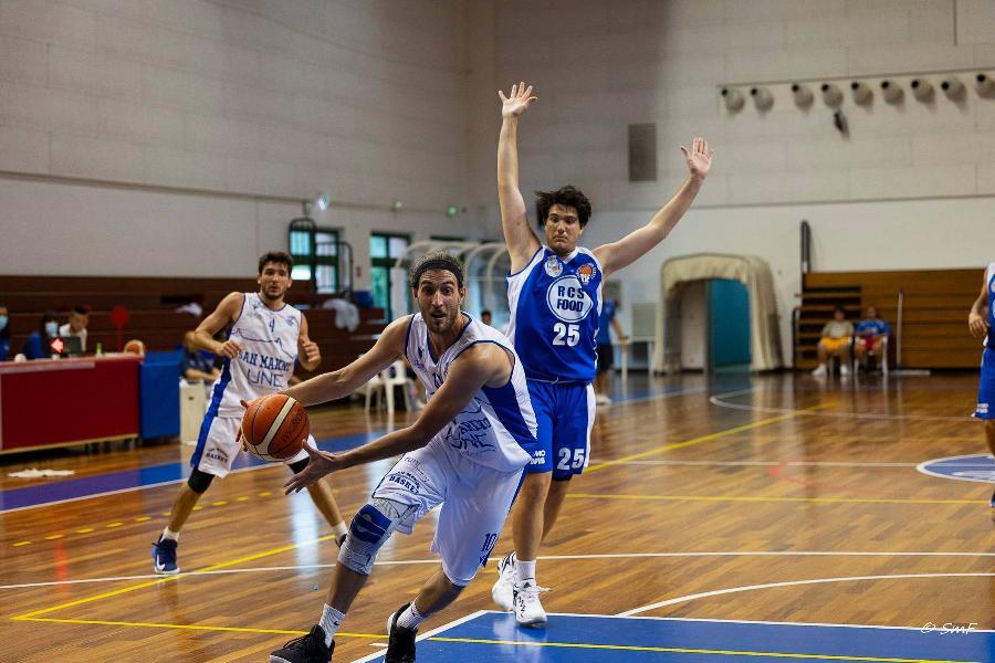 https://www.basketmarche.it/immagini_articoli/27-06-2021/buona-prima-titano-marino-finale-pselpidio-tutta-decidere-600.jpg