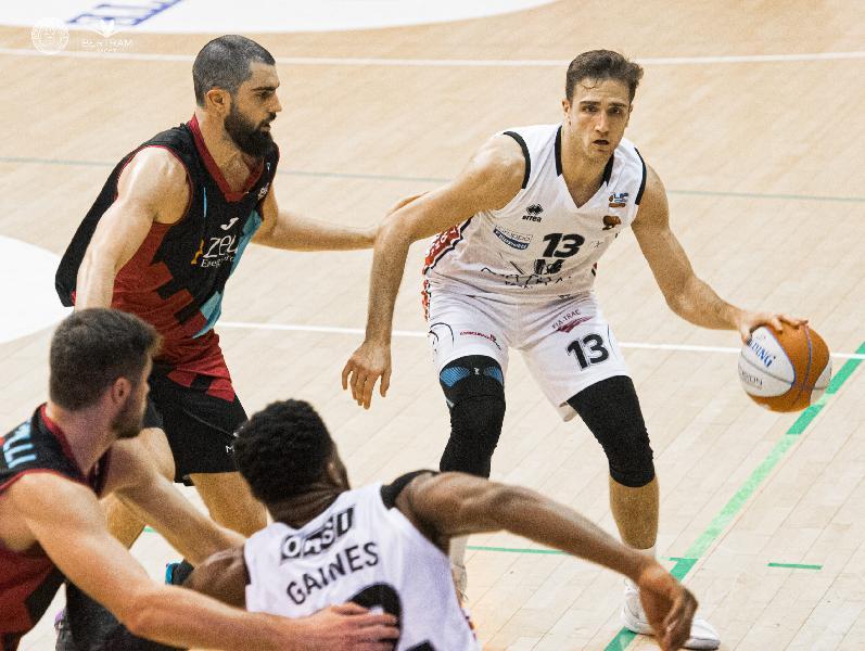 https://www.basketmarche.it/immagini_articoli/27-07-2020/ufficiale-quirino-laurentiis-pivot-dellnpc-rieti-600.jpg