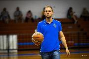 https://www.basketmarche.it/immagini_articoli/27-07-2021/casa-titano-marino-arriva-conferma-anche-vice-allenatore-fernando-paccagnella-120.jpg