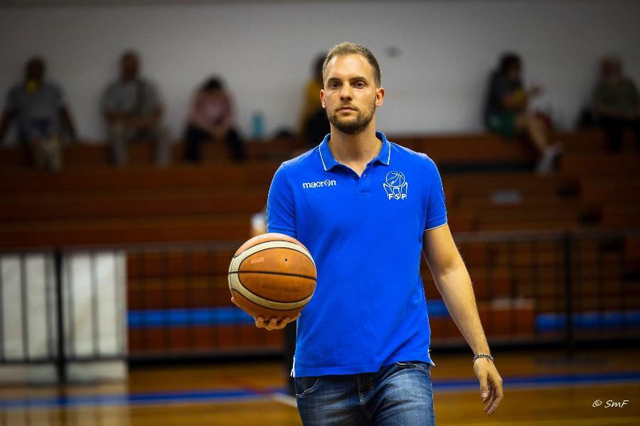 https://www.basketmarche.it/immagini_articoli/27-07-2021/casa-titano-marino-arriva-conferma-anche-vice-allenatore-fernando-paccagnella-600.jpg